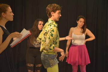 Nancy Tuñón, escuela de actores: clase de cuerpo